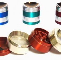 Premium 4 Level Sloped Titanium Grinder (Medium)